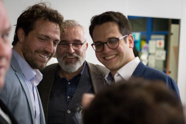 Foto Bürgermeister Patrick Haas (Stolberg) mit den Kandidaten Stefan Mix (Würselen) und Benjamin Fadavian (Herzogenrath)